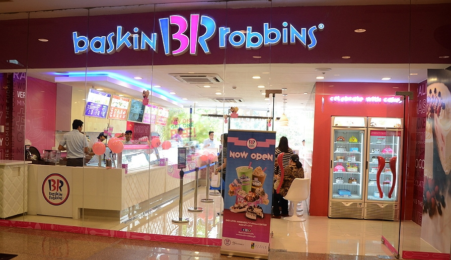 Baskin robbins restaurant