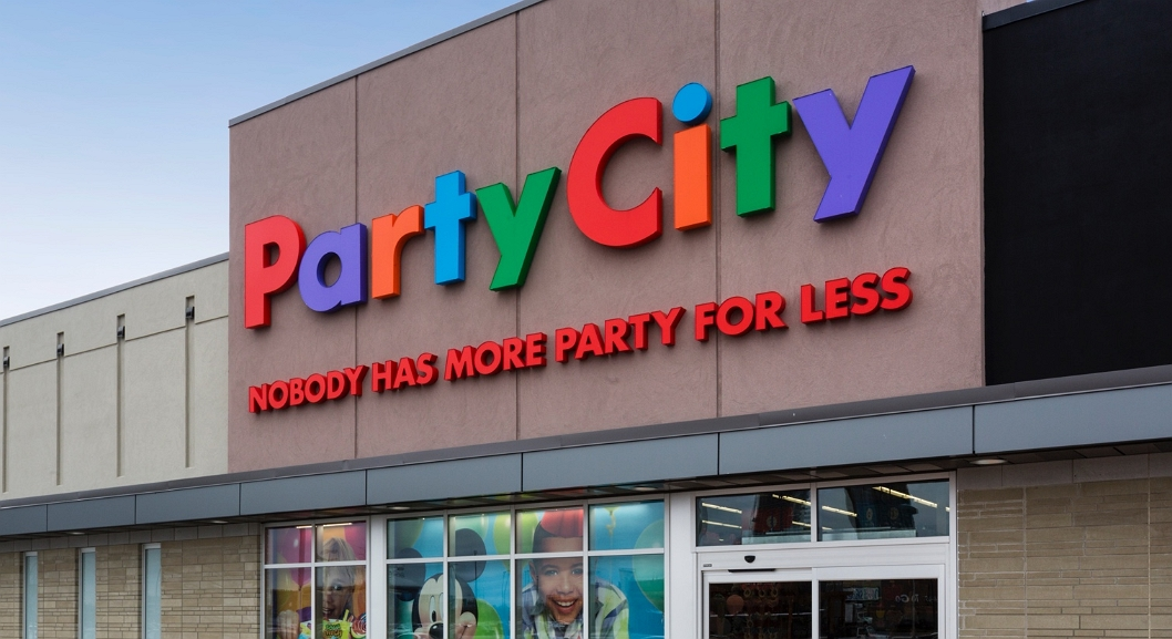 outlook of party city store